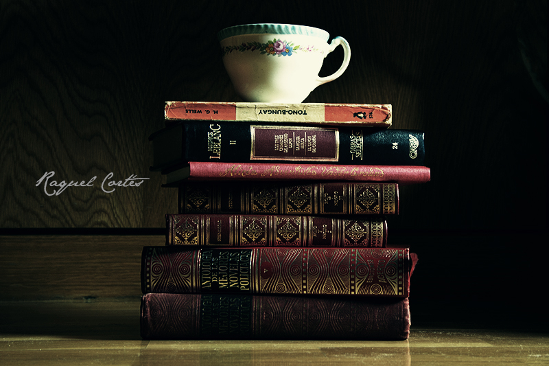 The books and the cup of tea